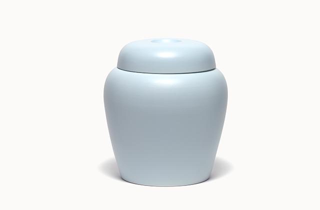 classic<em> sky</em> - porcelain, glaze, h 30 cm, 2005