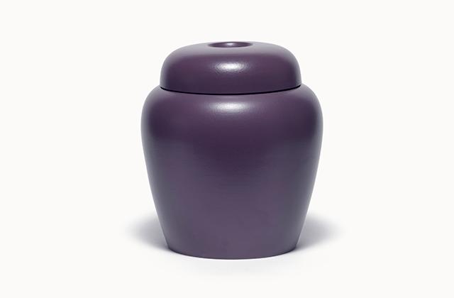 classic<em> lava</em> - porcelain, glaze, h 30 cm, 2005