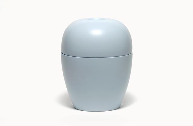 modern <em>sky </em>- porcelain, glaze, h 30 cm, 2007