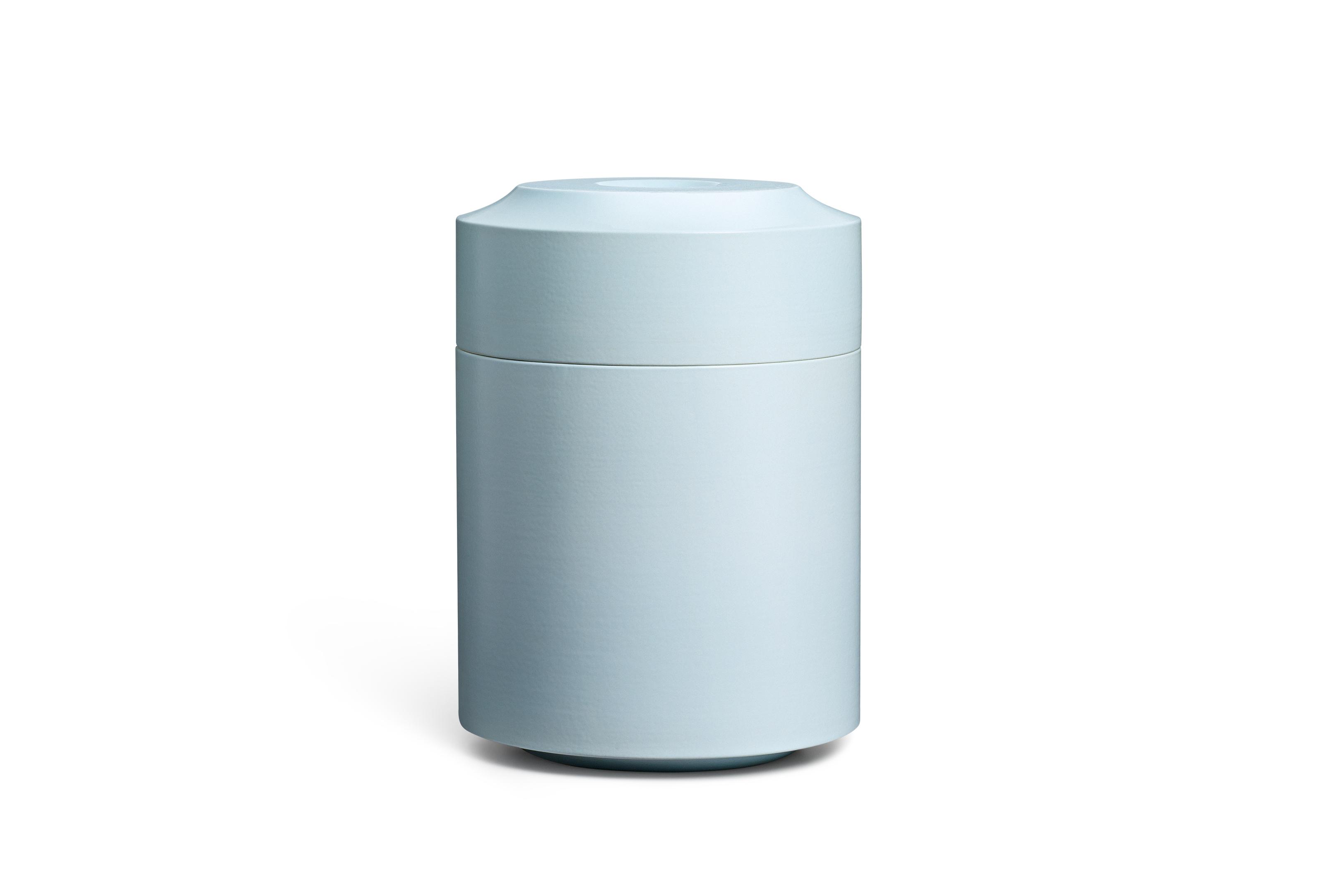 Keramik / glasiert / matt<br />Farbe: sky <br />H 29cm, DM 21cm